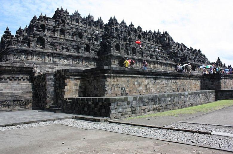 Letak Candi Borobudur Beserta Fasilitasnya