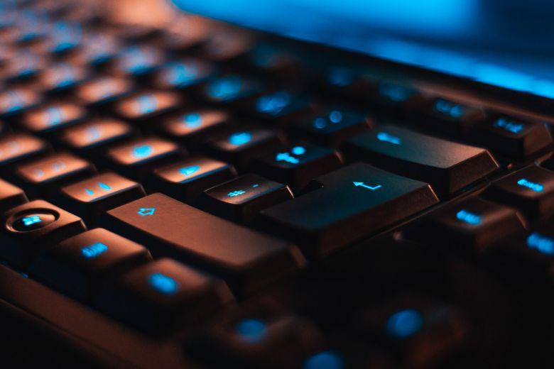 Jangan Terburu Buru Panik, Yuk Intip 3 Tips Mengatasi Komputer Hang Tanpa Restart