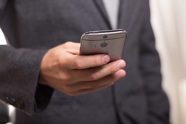 Daftar Istilah Unik di Media Sosial yang Harus Diketahui
